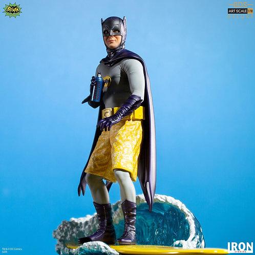 Iron Studios Batman Deluxe BDS Art Scale 1/10 - Batman 66