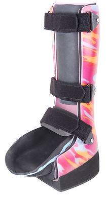 Yürümede (ambulasyon) destek ya da denge sağlamanın ihtiyaç olduğu her ortopedik anomali. Ameliyat sonrasında (post-op) yürüme ortezi olarak kullanılması. Aşil tendonkopması (Tendon-Achilles Lengthening) prosedürü sonrası. Wagner 1-3 (diyabet) yaralarında ağırlık olmadan yürümenin istendiği durumlarda. Diyabetik ayak yara tedavi diyabet ortez şeker hastalığı nöropetik kalkanektomi kırık ayak post-tal. Topuk-Ön Ayak Yük Kaldırma
