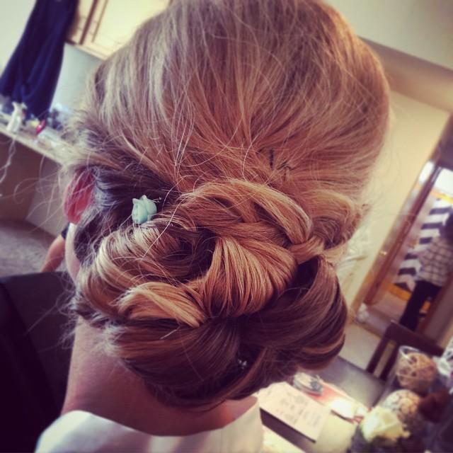 Instagram - #somethingbluekamu #kamubrides #hairbyHeatherkamu