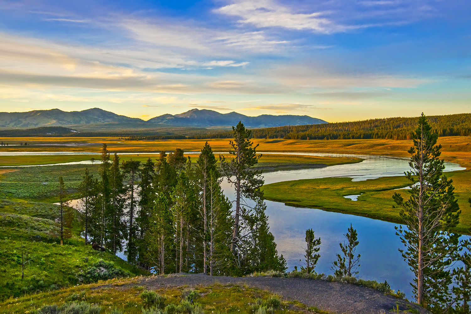 Sunset on the Yellowstone River from Grizzly Point