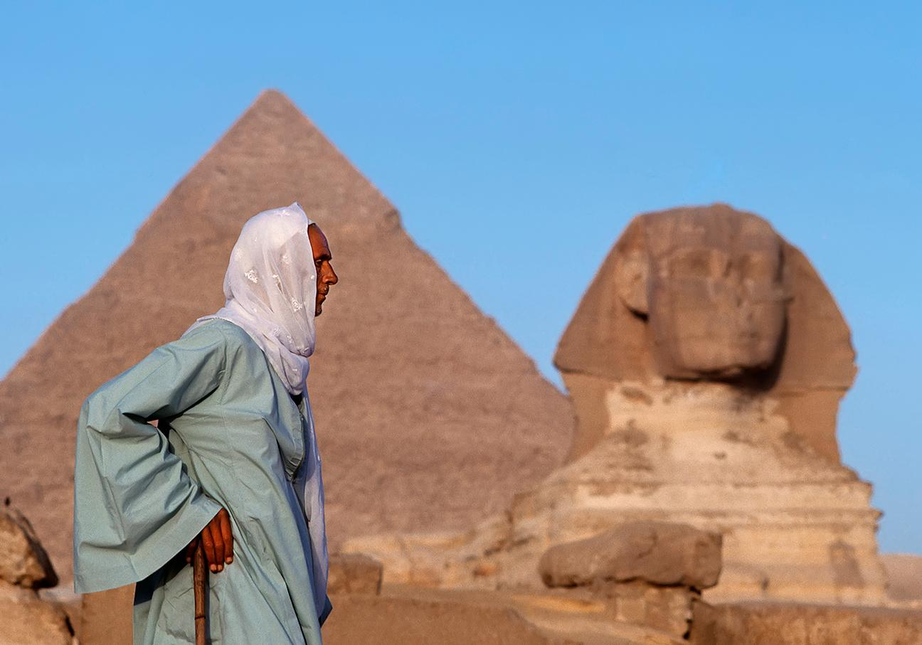 Sphinx and The Tour Guide, Egypt