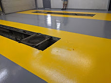 SOLID COLOR EPOXY, AUTO BODY SHOP FLOORS, 2 TONE EPOXY, EPOXY STRIPES