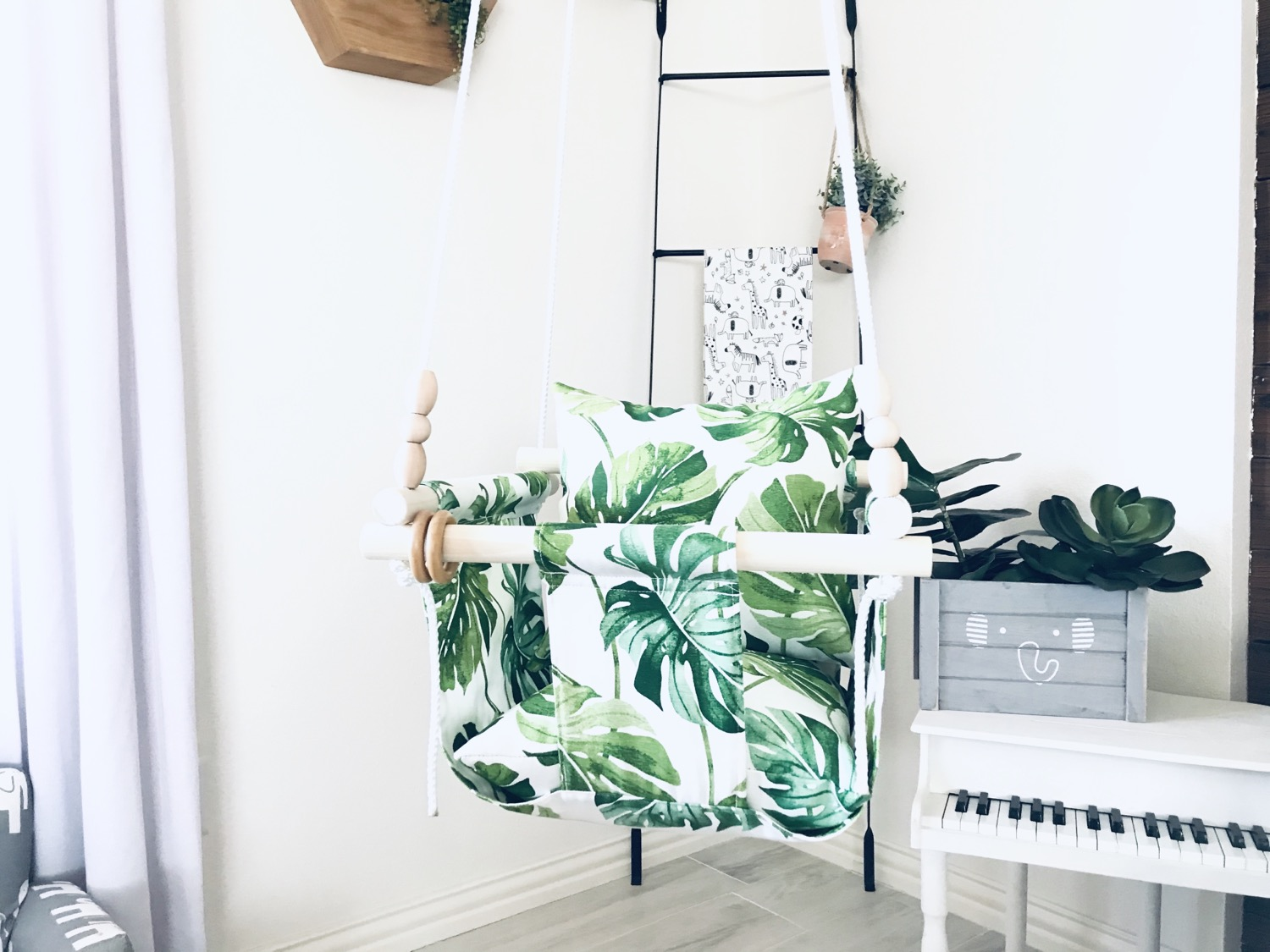 Thumbnail: Tropical Fabric Print Baby Swing