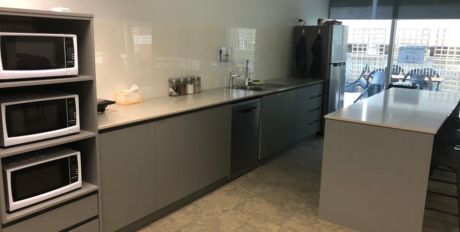 IMG_0027 kitchen.jpg