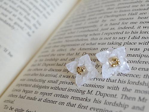 Origami Tiny Flower Stud Earrings 小花の折り紙スタッドピアス