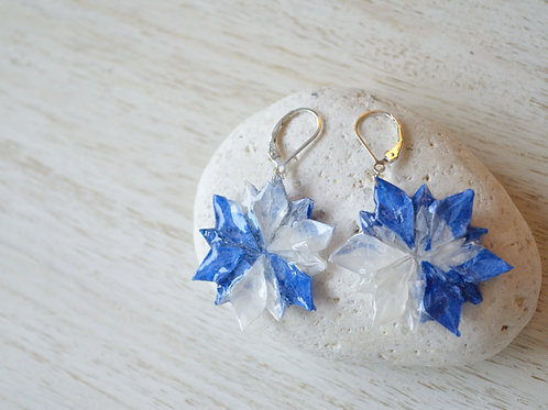Origami Flower Earrings 青と白の折り紙の花のピアス