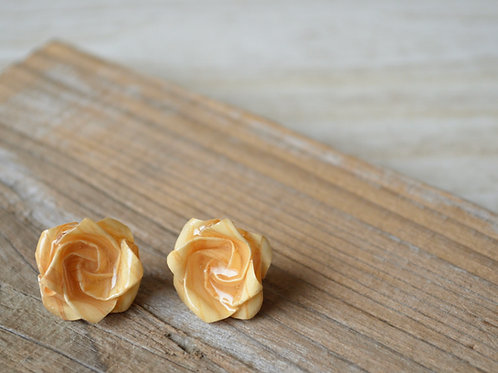 Fine Wood Origami Rose Earrings 木の紙の薔薇のスタッドピアス
