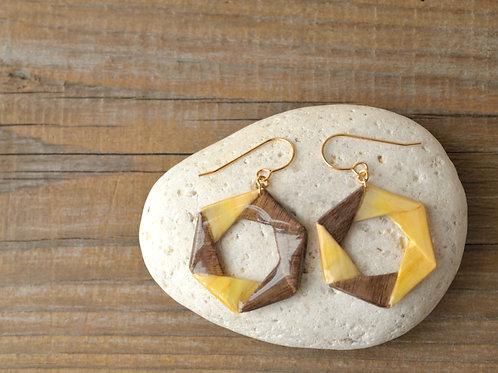 Fine Wood Hexagonal Design Origami Earrings 木の紙の六角形デザインピアス