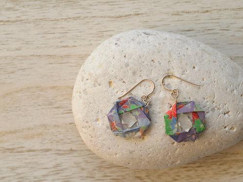 Origami Camellia Earrings 折り紙の椿のピアス