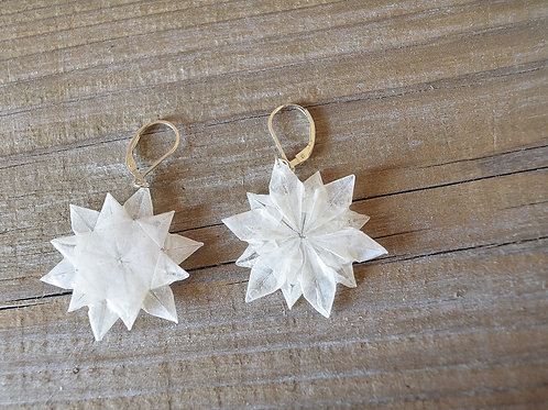 Origami Snow Flower dangle Earrings 雪の花の折り紙ピアス