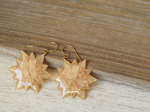 Snowflake Design Origami Earrings 折り紙の雪の結晶のピアス