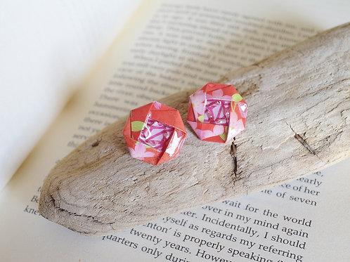 Origami Camellia Stud Earrings 椿の折り紙スタッドピアス