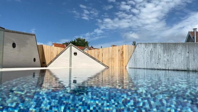 swimming pool on roof knokke