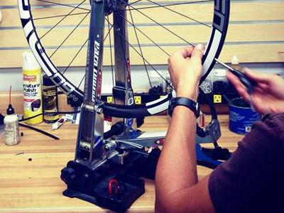 ВелоГараж -услуги по ремонту.
