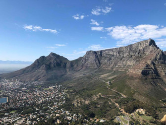 Local & healthy living in South Africa---Table Mountain