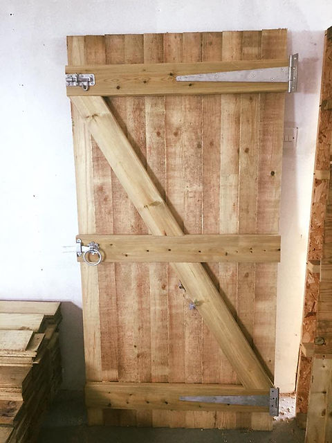 Closeboard Gate.jpg