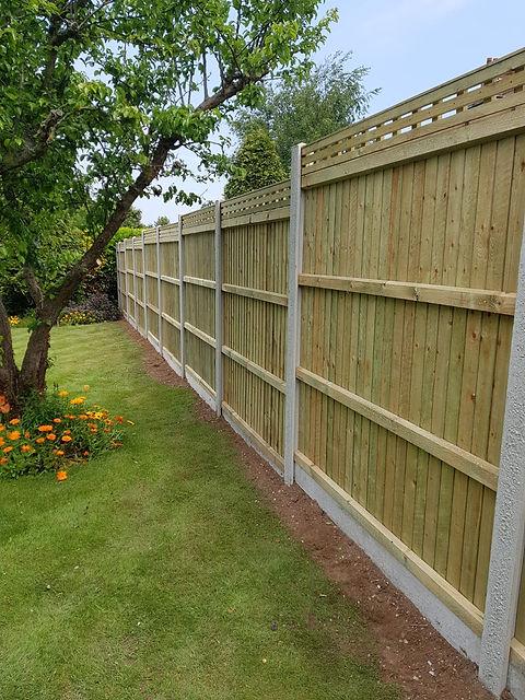 Closeboard Fencing.jpg