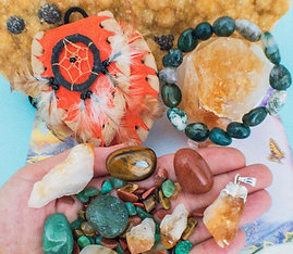 Prosperity Crystal Healing Pouch With Moss Agate Bracelet + Pendant