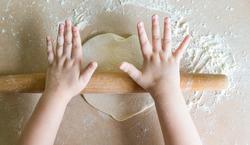 Child-baking-plaxtol-nursery