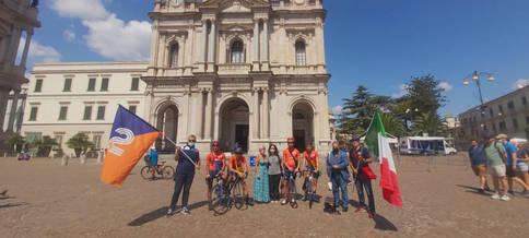 Il Mattone, partito da Carinola in direzione Vico Equense, prima di arrivare a destinaszione è passato dalla Basilica della Vergine del Santo Rosario a Pompei.