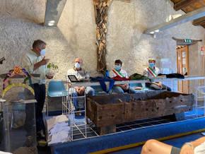 Prima della partenza del mattone, al Museo dei Sogni di Feltre con Dario Dal Magro del CSI di Belluno, Paolo Perenzin sindaco di Feltre e Nicola Castellaz sindaco di Pedavena.