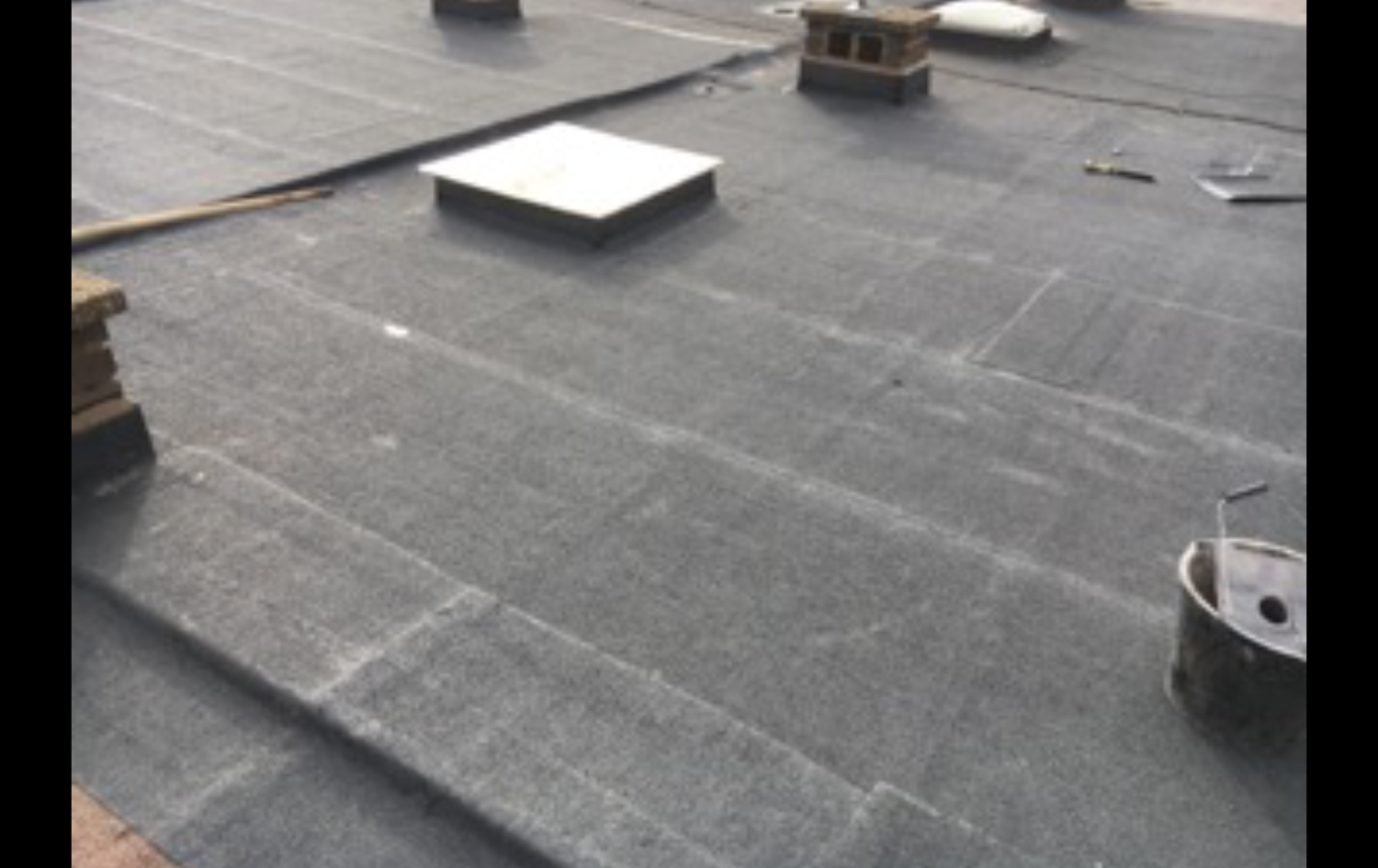 While our fitters were installing the new roof we had an enquiry of a neighbour who might I add is now booked in plus a customer litteraly round the corner, all 3roofs to be installed with a new felt roof.