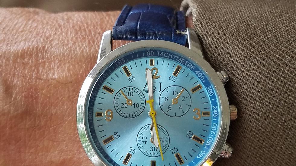 Light Blue Dial Casual Men's Watch