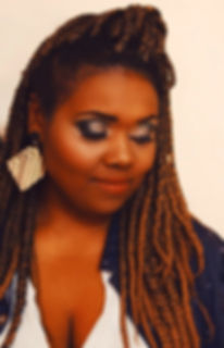 Pele Negra. Maquiagem feita por aluna durante o curso de maquiagem profissional