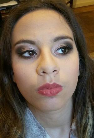 Detalhe do olho de maquiagem para debutante porto alegre. Maquiadora Daphne Porto