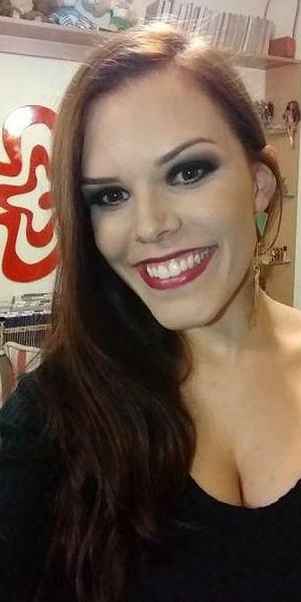Maquiagem para convidada de formatura. Maquiadora Daphne Porto