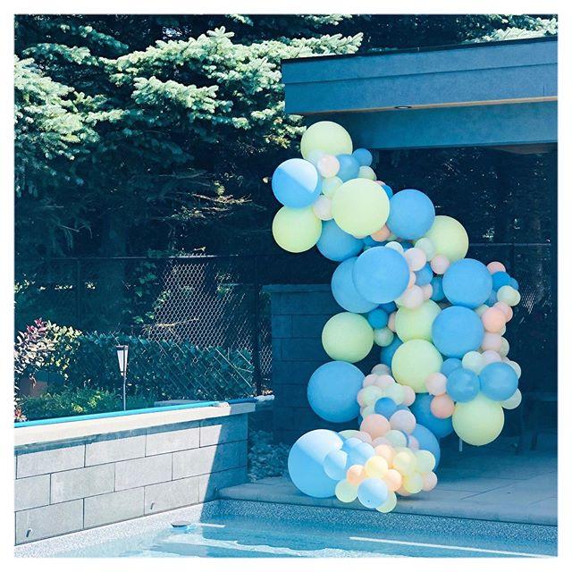 Toronto Balloon Decor | Pool Balloon