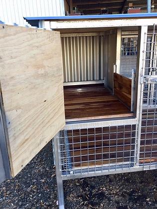 Whelping kennel 9.jpg