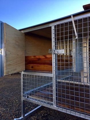 Whelping kennel 7.jpg