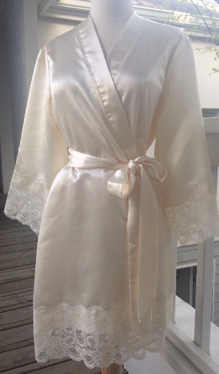 Stunning Satin And French Scalloped Lace Robe Pairs Perfectly With The Parisian Bridesmaid Robes St Tropez Is Fashioned From Mid Weight