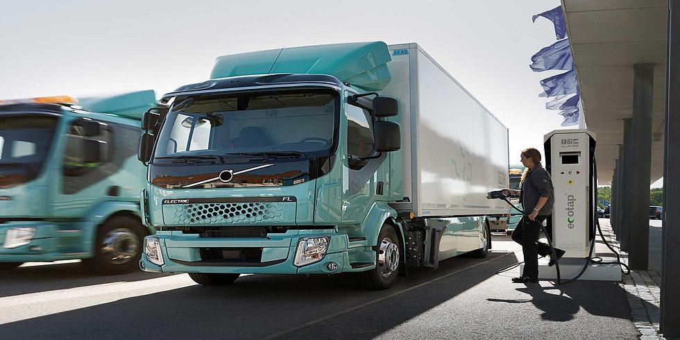 vrachtwagens-scaled.jpg