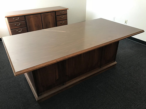 "37""x72"" Double Pedestal Desk w/ Matching Credenza"