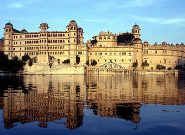3070709Udaipur_City_Palace_Main.jpg