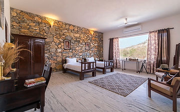 1024x640_Bera-Safari-Lodge-Room-(Twin).j