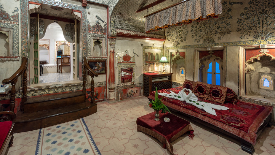 Deogargh-Mahal-18.jpg