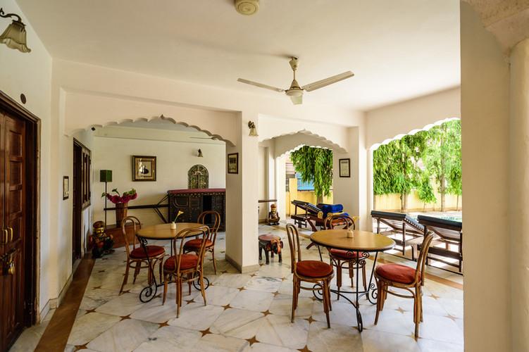 Dera Rawatsar Heritage Hotel