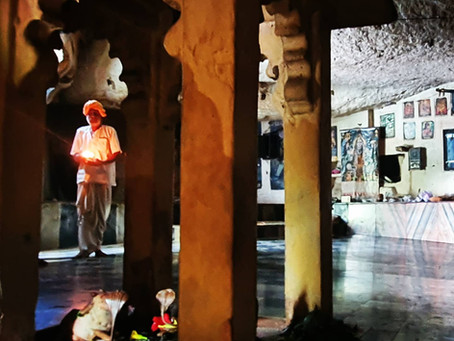 #rurallifestyle #cave #country #freedom #meditationpractice #meditation #yoga @cntravellerindia