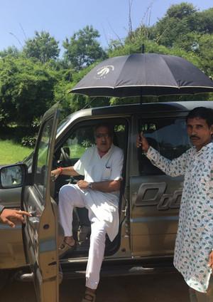 Bapji- HH Jodhpur Arriving at Dev Shree