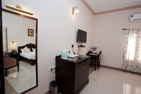 Executive Room3.jpg