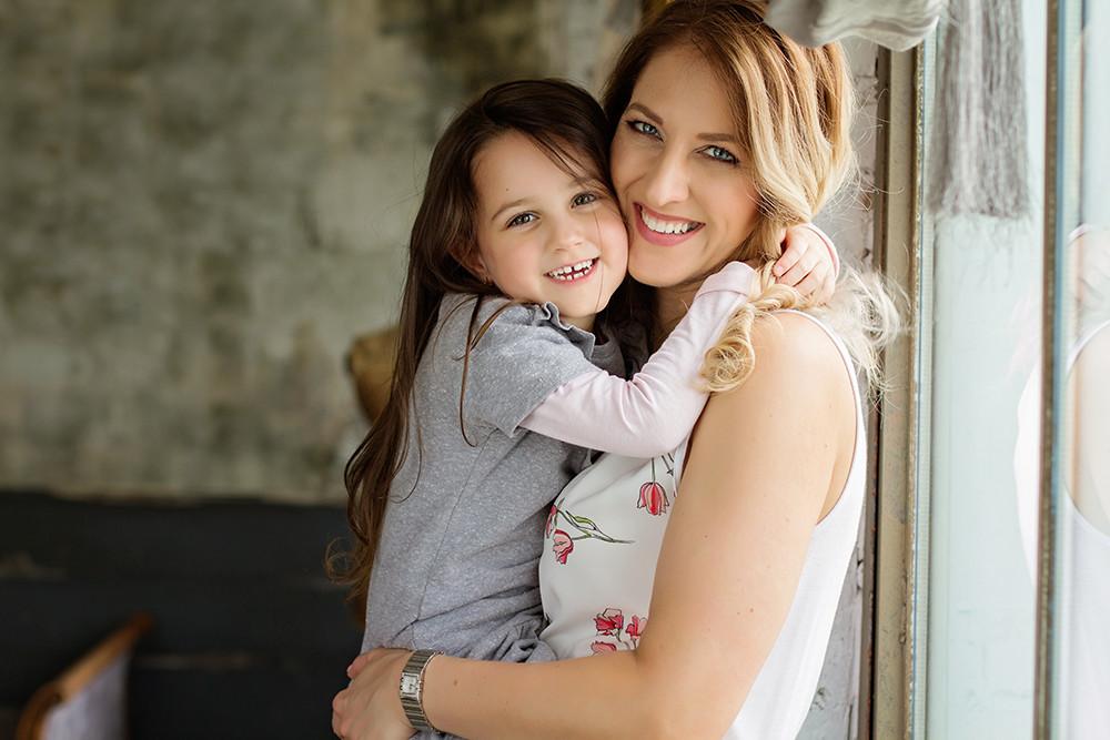 Anya lánya