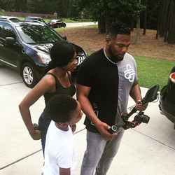 On set with _nieshastoneofficial and Aid