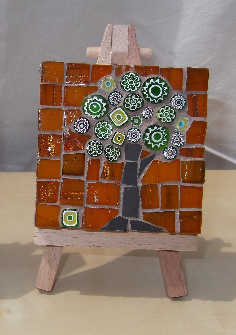 MM10 Small Green Blossom on Orange (Easel Incl.)  £12
