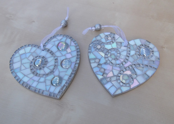 LH12 Large White Silver Swirl Hearts  £22 Each