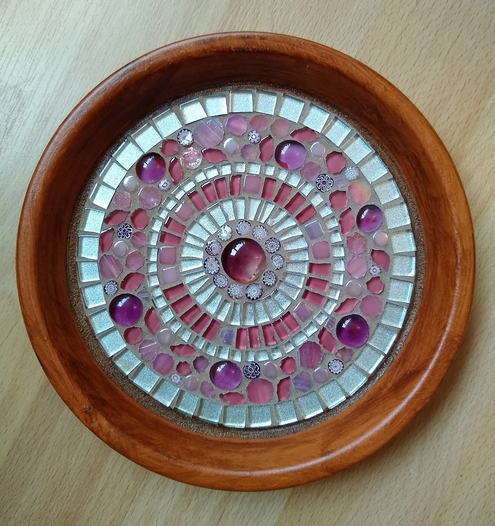 TD4 Pink & Silver Circle  £32