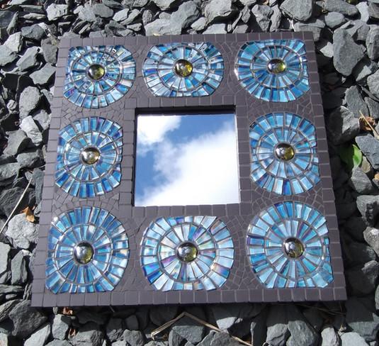 MR9 Blue Shimmer Circles on Black  £60