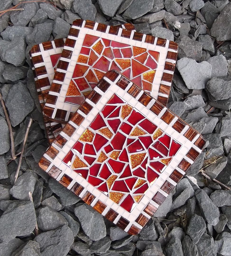CS40  Red Crackle  £11 Each